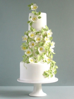 svadebnie-torti-v-zelenom-cvete-09