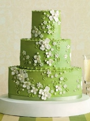 svadebnie-torti-v-zelenom-cvete-12